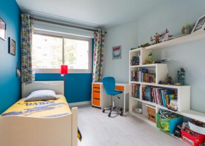 Décoration Appartement familial à Neuilly - La chambre bleue, par Béatrice Elisabeth, Décoratrice UFDI à Neuilly et Paris