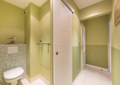 Décoration Appartement familial à Neuilly - La salle de bain fraîche de verdure, par Béatrice Elisabeth, Décoratrice UFDI à Neuilly et Paris