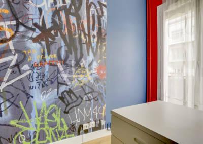 Décoration Chambre de garçon à Neuilly - Vue du bureau, par Béatrice Elisabeth, Décoratrice UFDI à Neuilly et Paris