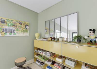 Décoration Maison à Marne la Coquette - Un petit salon avec du rangement modulable, par Béatrice Elisabeth, Décoratrice UFDI à Neuilly et Paris