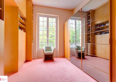 Décoration d'une maison à Garches - Le dressing miroir 2, par Béatrice Elisabeth, Décoratrice UFDI à Neuilly et Paris