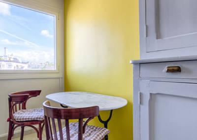 Rénovation appartement Paris 19ème - La cuisine - Détail du coin repas, par Béatrice Elisabeth, Décoratrice UFDI à Neuilly et Paris