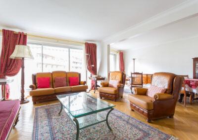 Remise en beauté appartement à Neuilly - Avant les travaux de peinture, par Béatrice Elisabeth, Décoratrice UFDI à Neuilly et Paris