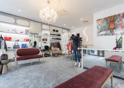 Décoration d'une boutique de chaussures à Issy les moulinaux par Béatrice Elisabeth, Décoratrice UFDI à Neuilly : Vue générale