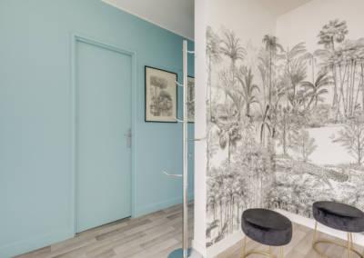 Décoration d'un appartement aux Buttes Chaumont - L'entrée et son panoramique Isodore Leroy, par Béatrice Elisabeth, Décoratrice UFDI à Neuilly et Paris