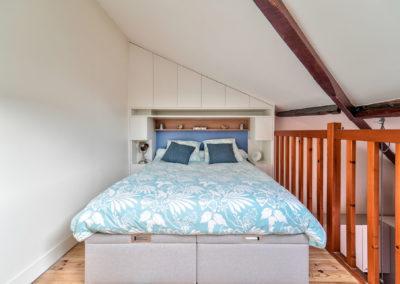 Décoration Appartement à Suresnes - Etage - La chambre et son lit, par Béatrice Elisabeth, Décoratrice UFDI à Neuilly et Paris