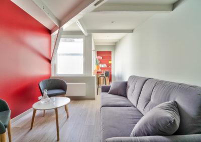 Espace de Formation Paris 12 - Le petit salon de travail à l'étage, par Béatrice Elisabeth, Décoratrice UFDI à Neuilly et Paris