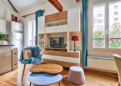 Conception d'un meuble TV sur mesure - vue vers la cuisine, par Béatrice Elisabeth, Architecte d'intérieur UFDI à Neuilly et Paris